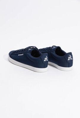 حذاء رياضي بدرجة لون Dress Blue من Agate Summer