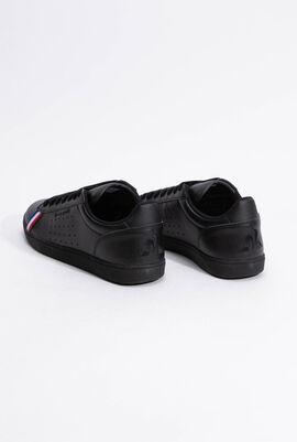 حذاء رياضي بدرجة لون Triple Black من Courtstar Sport