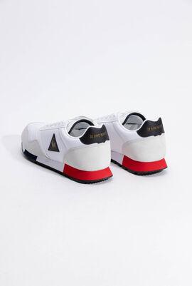 حذاء رياضي بدرجة لون Metallic Optical White من Delta