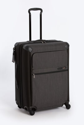 Short Trip Expandable 4 Wheel Packing Case