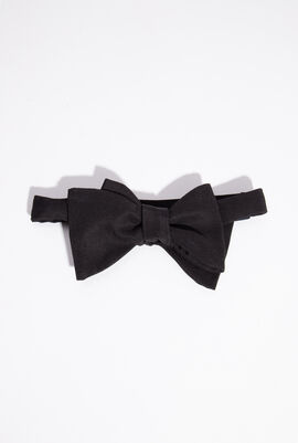 Silk Sized Bow Tie