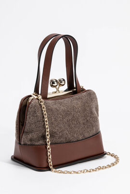 Essenza Shoulder Bag