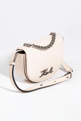 حقيبة وسط مبطنة من Signature