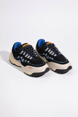 Demo Runner Sneakers