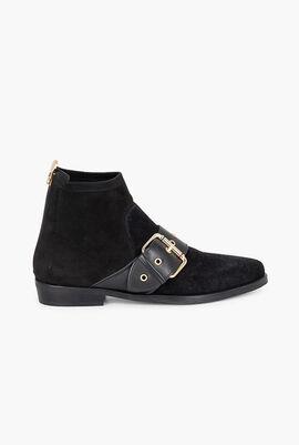 Gigi Hadid Flat Boots
