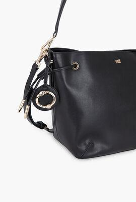 Doris Bucket Bag