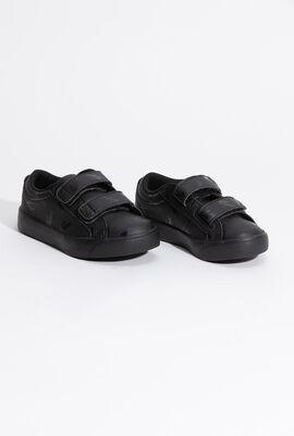 حذاء رياضي بشريط فيلكرو