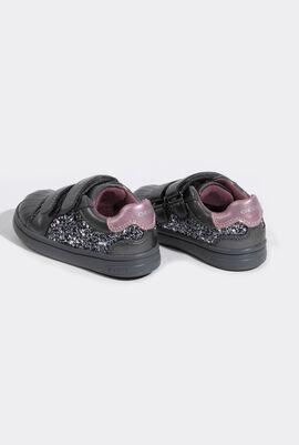 B Djrock G. E  Sneakers
