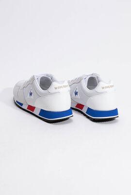 حذاء رياضي بدرجة لون Optical White/Cobalt من Omega Sport