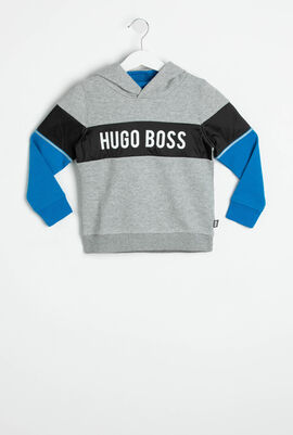 قميص ثقيل بألوان متباينة مزين بشعار العلامة التجارية