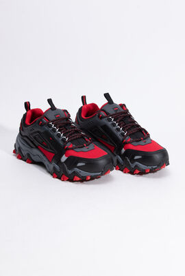 Oakmont TR Red Sneakers
